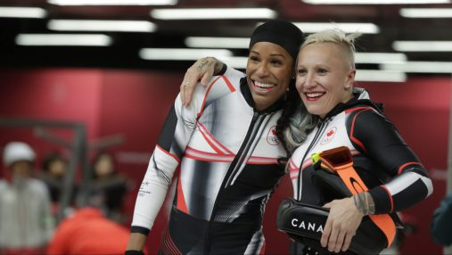 Phylicia George et Kaillie Humphries. Photo Jason Ransom/COC