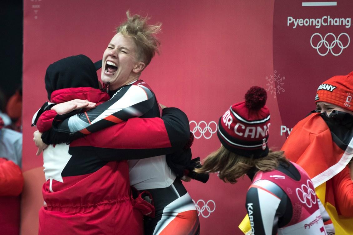 Alex Gough, d'Équipe Canada réagit en apprenant qu'elle a remporté la médaille de bronze en luge simple féminine à PyeongChang 2018. Photo : COC/David Jackson