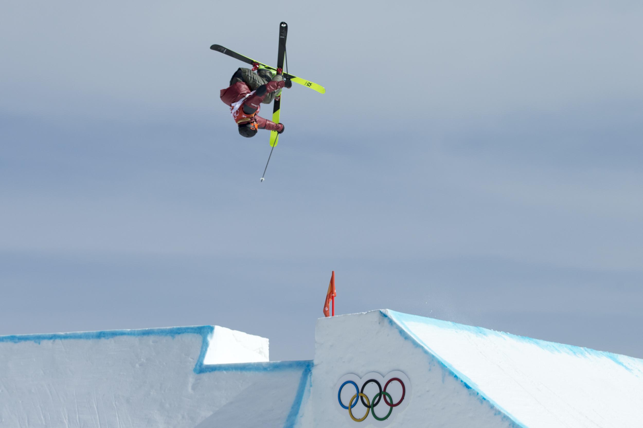 Alex Beaulieu-Marchand d'Équipe Canada lors des qualifications de ski slopestyle au Phoenix snow park des Jeux olympiques de PyeomgChang, le 18 février 2018. (Photo/David Jackson)