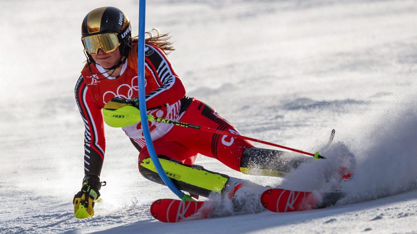 Laurence St-Germain skie à son premier essai de l'épreuve du slalom aux Jeux olympiques de Pyeongchang, en 2018. AP Photo/Jae C. hong
