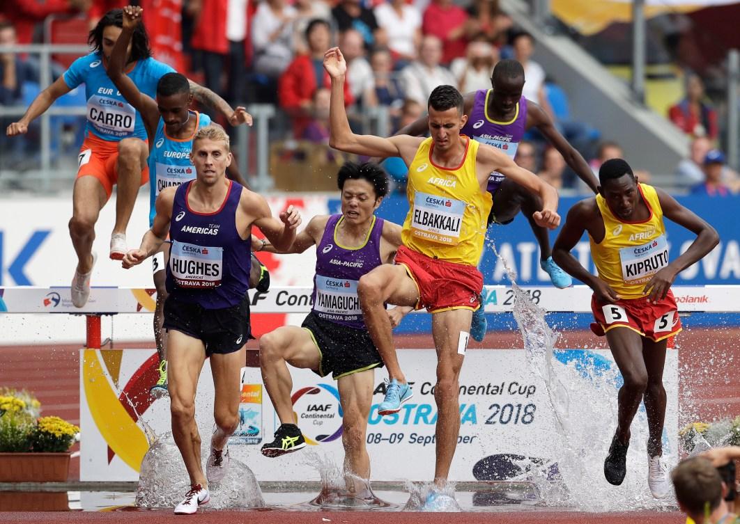 Matt Hughes, le Japonais Kosei Yamaguchi, le Marocain Soufiane Elbakkali et le Kényan Conseslus Kipruto.