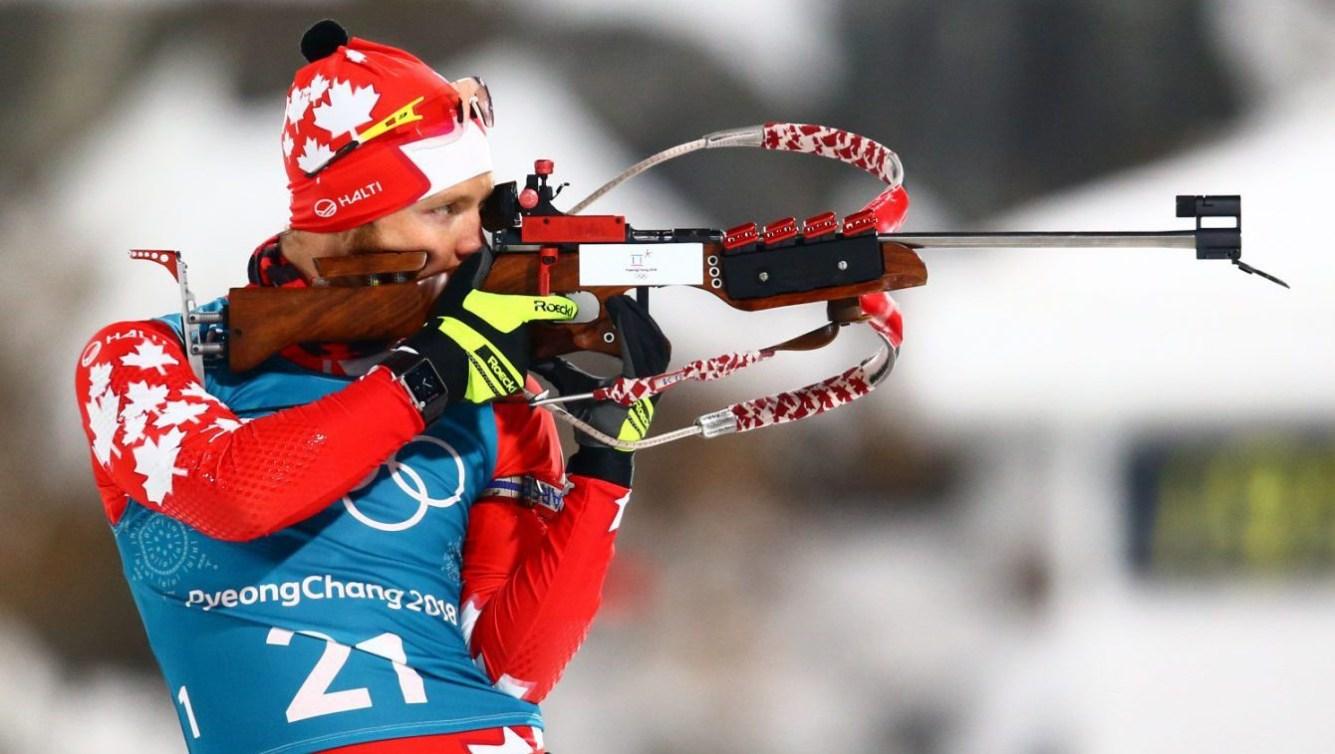 Macx Davies prend part à la séance d'entraînement du 10 km sprint en biathlon à PyeongChang 2018.