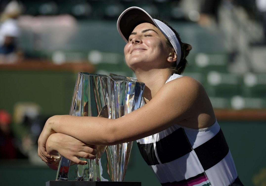 Bianca Andreescu et son trophée d'Insian Wells 2019