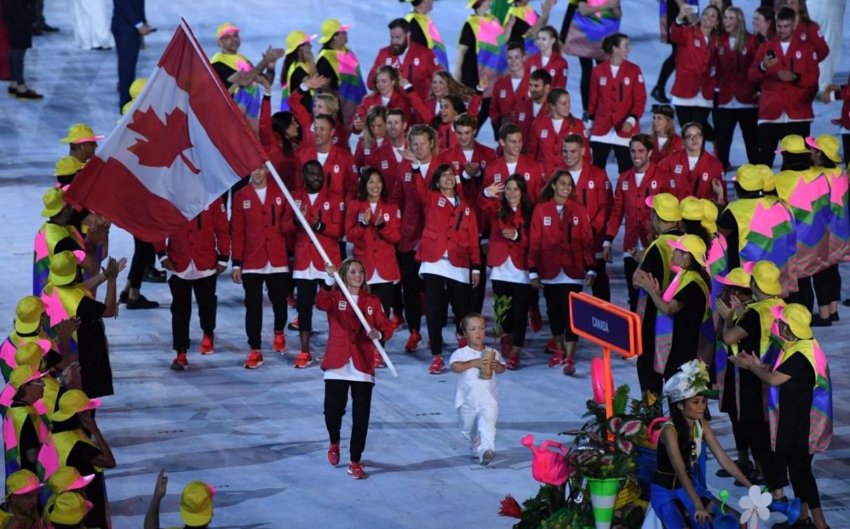 Rosie MacLennan est porte-drapeau à Rio 2016