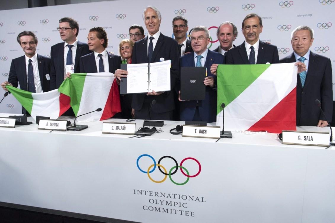 Les dirigeants du CIO prenez la pause lors de la 134e Session du Comité international olympique