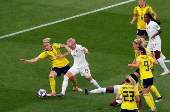 Nilla Fisher à la Coupe du monde face au Canada