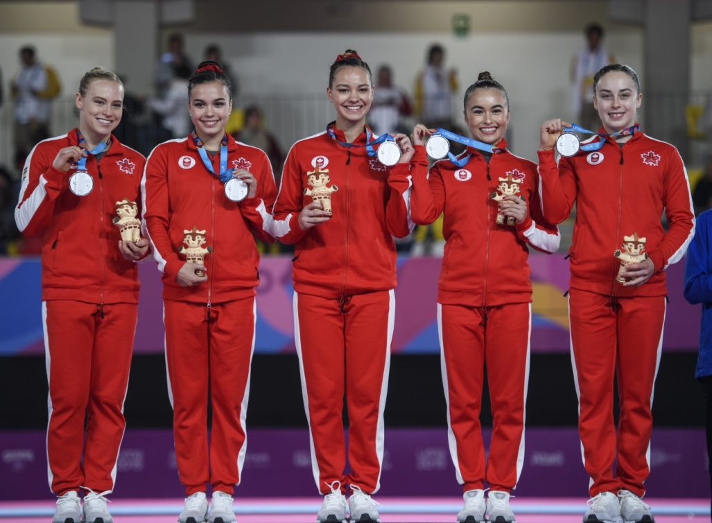 L'équipe canadienne de gymnastique artistique