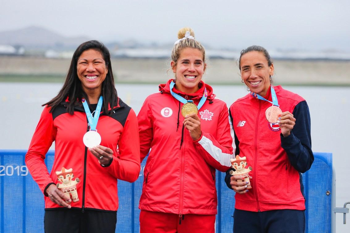 Jessica Sevick sur le podium d'aviron de Lima 2019