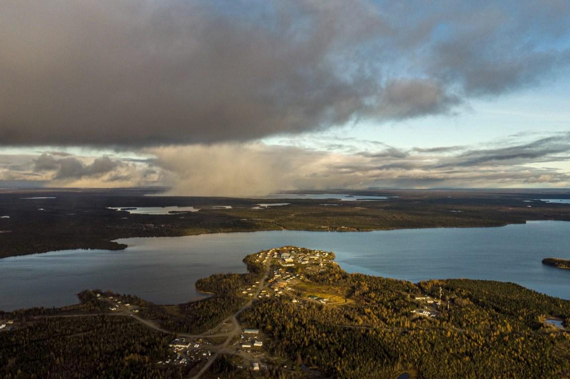 Vue aérienne sur le lac Big Trout.