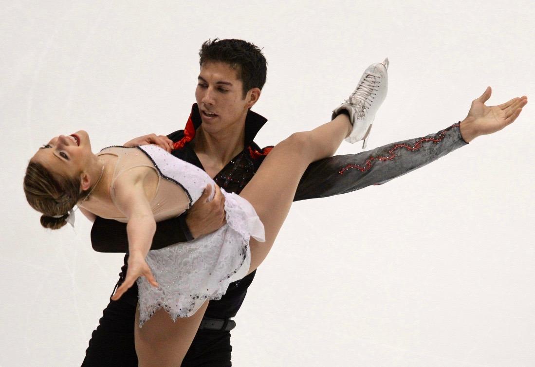 Paige Lawrence et Rudi Swiegers réalisent une figure.