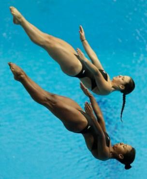 Jennifer Abel et Melissa Citrini en plein saut
